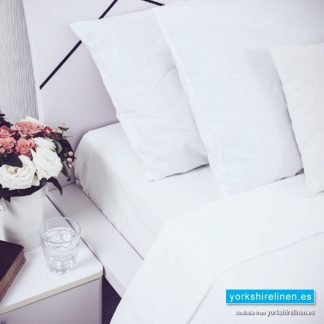 Wholesale White Flat Polycotton Sheets